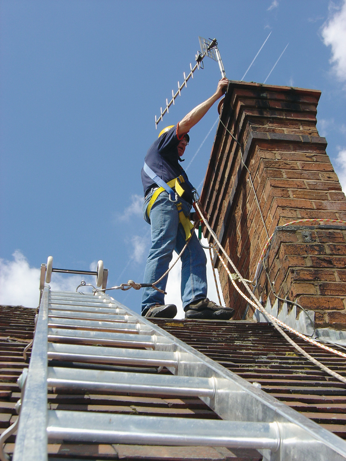 Roof Ladder Restraint Amp Fall Arrest Safety System Css